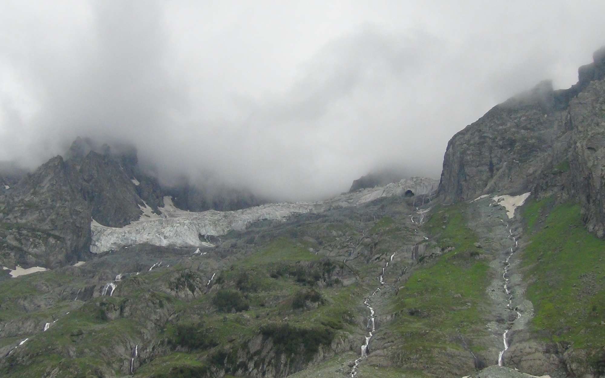 Sonmarg - Our trek, Thajiwas Glacier 2